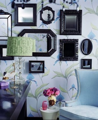 Molly Sims glam office