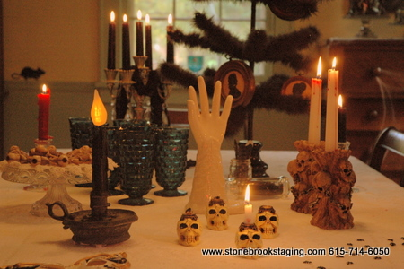 Halloween Tablescape with Candles