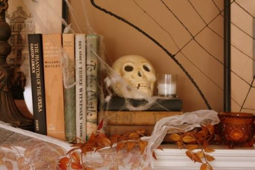 Halloween Vignettes with skull and books
