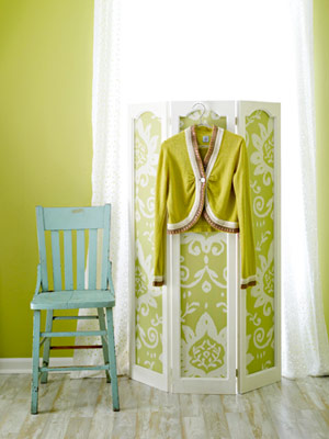 Wallpaper Folding Screen via BHG