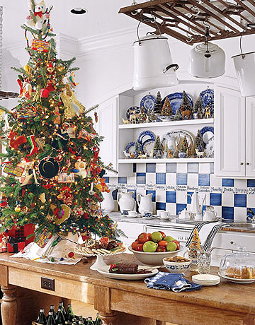 kitchen christmas tree by country living
