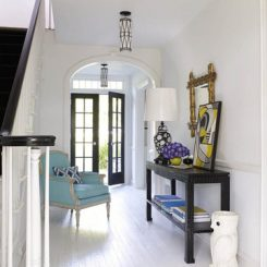 Decorating Your Foyer