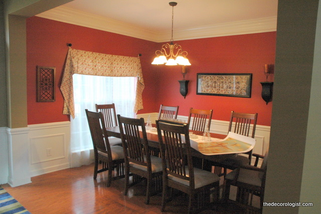 Charmant Red Dining Room Before