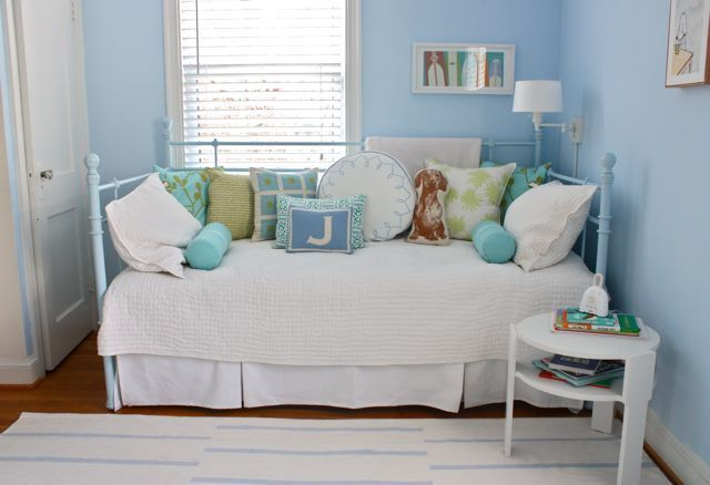 Blue Iron Daybed Via Apartment Therapy