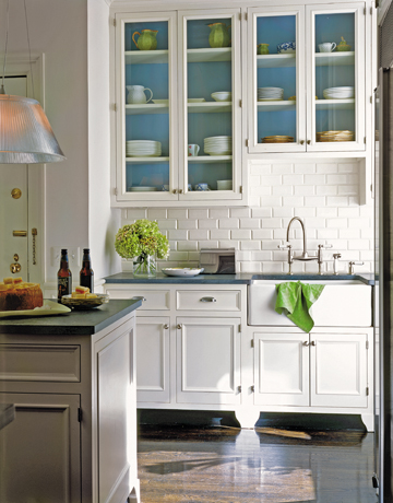 blue accents kitchen