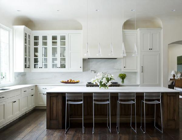 High Quality Black Island, White Cabinets