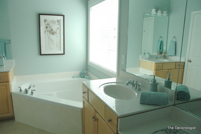 spa like bathroom paint colors turn your builder grade bathroom into a spa in one simple 24251