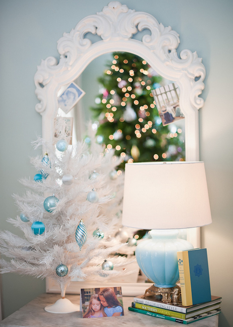 How to Decorate with Collections at Christmas