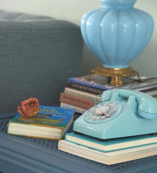 turquoise rotary phone lamp