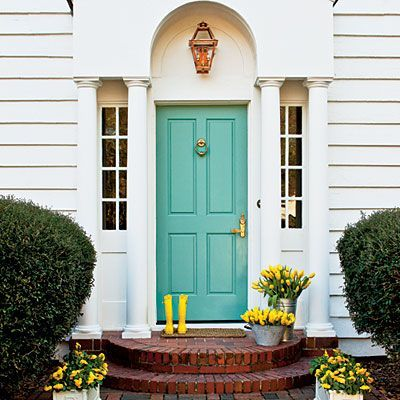 Front Door Friday – Spring Edition