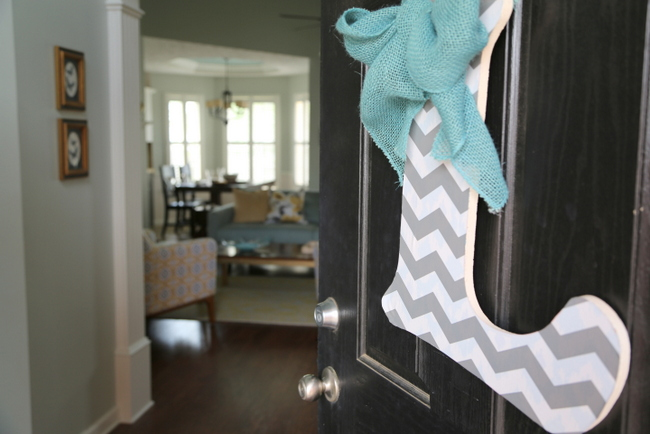 Allison's Home Makeover – The Entry Reveal