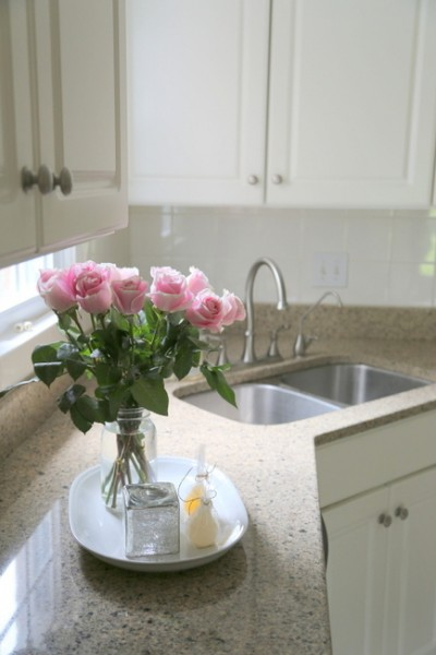 pink roses kitchen