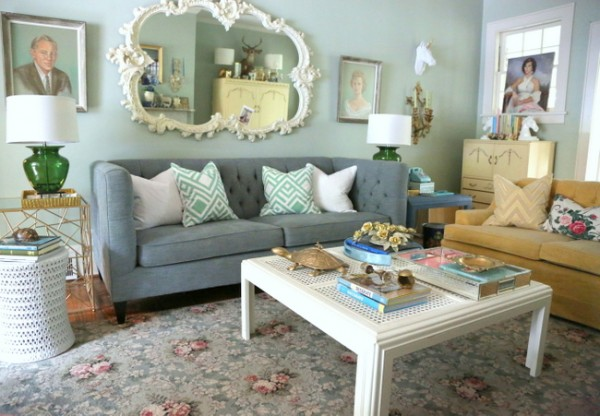 decorologist living room