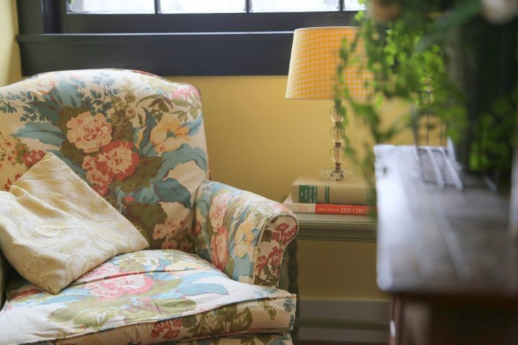 reading nook by the decorologist