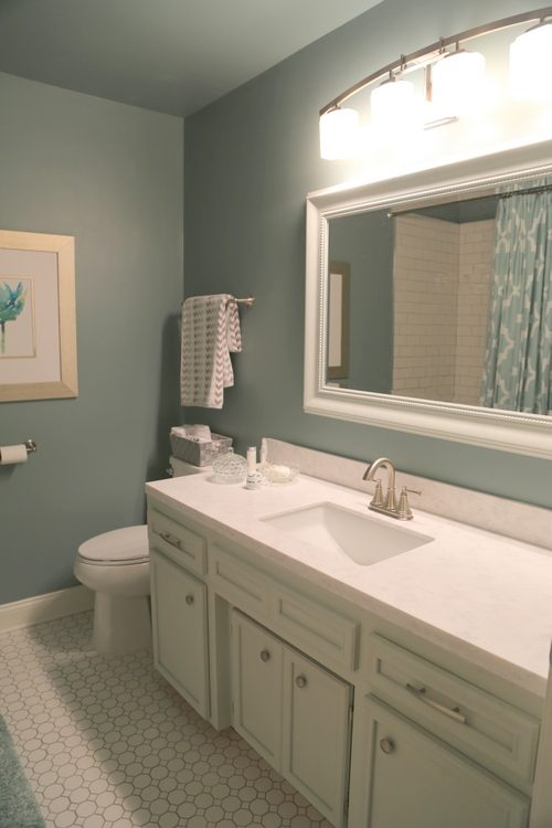 How To Update A Hall Bathroom On A Budget