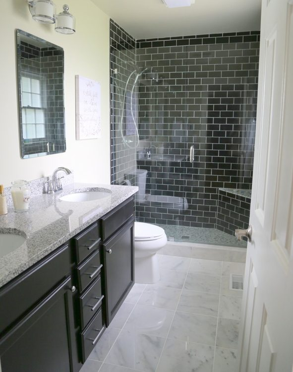 bathrooms with white subway tile 4 reasons you should use black subway tile in your bathroom 22607