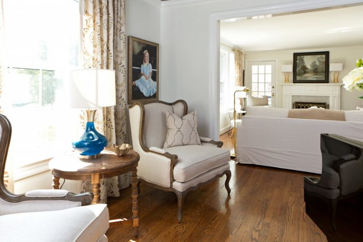 benjamin moore white dove walls