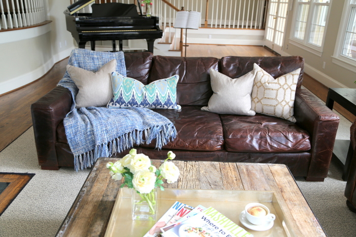 pillows for leather sofa
