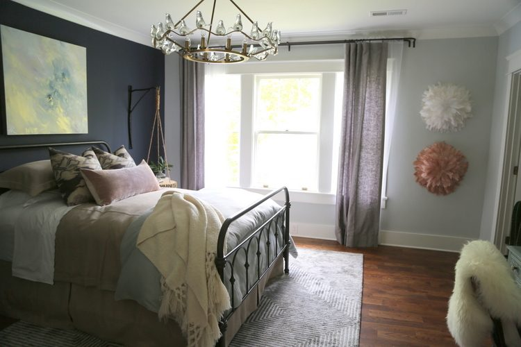 hale navy bedroom accent wall