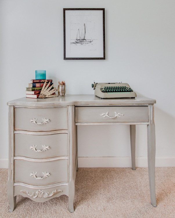 desk styling in home staging