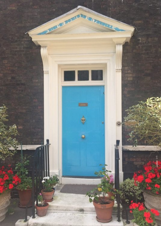 turquoise blue front door paint color that looks like Sherwin-Williams Dynamic Blue SW6958