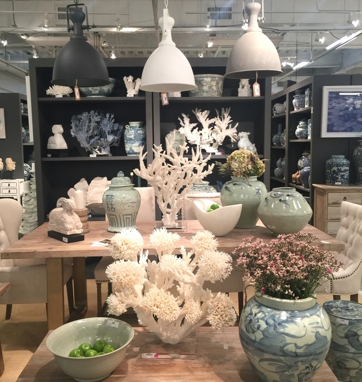 blue chinoiserie ceramics