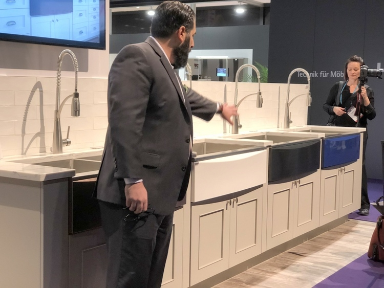 Elkay changeable color sink fronts at 2018 KBIS