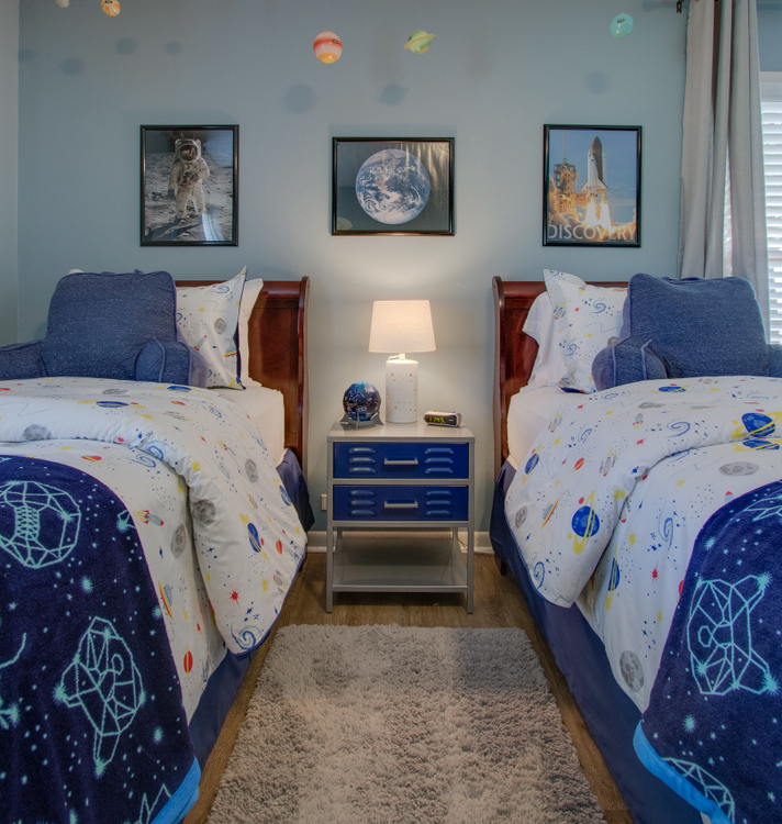SW Meditative paint color for boys bedrooms