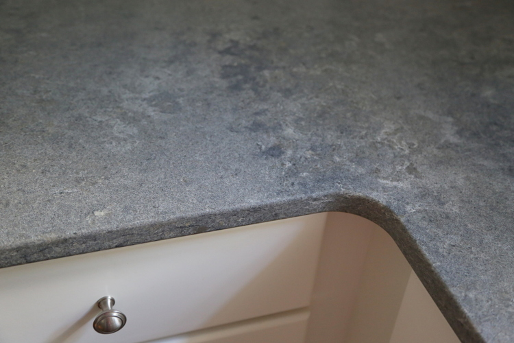 caesarstone rugged concrete quartz countertop