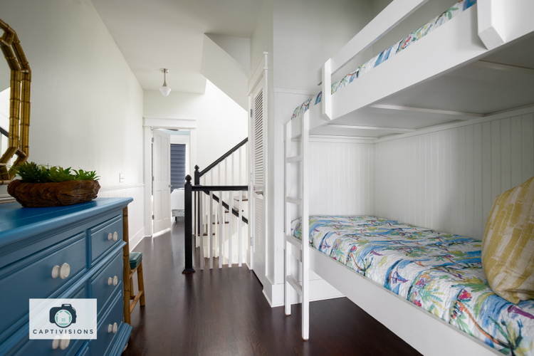 bunk room makeover by the decorologist