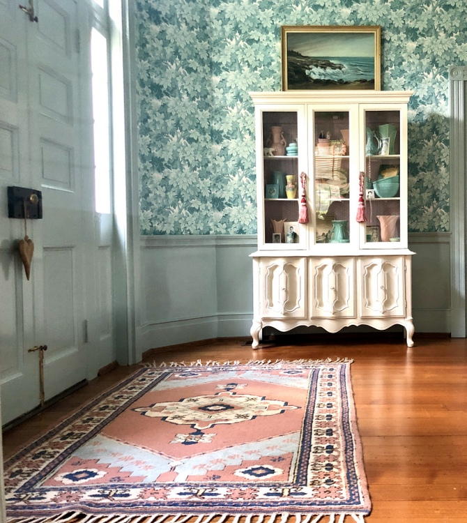 blue Great Vine Cole & Son wallpaper and Revival Rugs in Granbery Manor