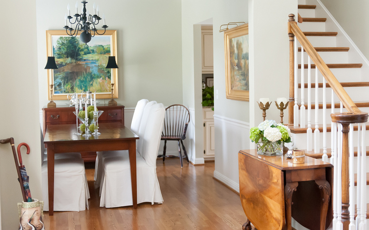 mixed wood tones in nashville design by Kristie Barnett, The Decorologist